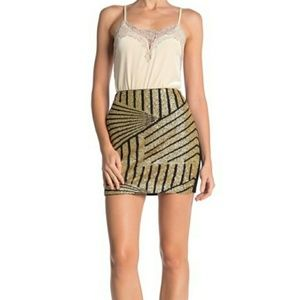 NWT Romeo & Juliet gold sequined SHOWSTOPPER skirt